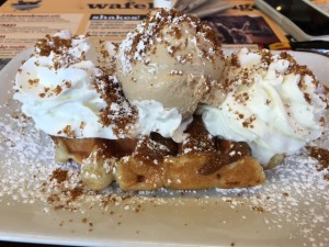 wafels_dinges_throwdown