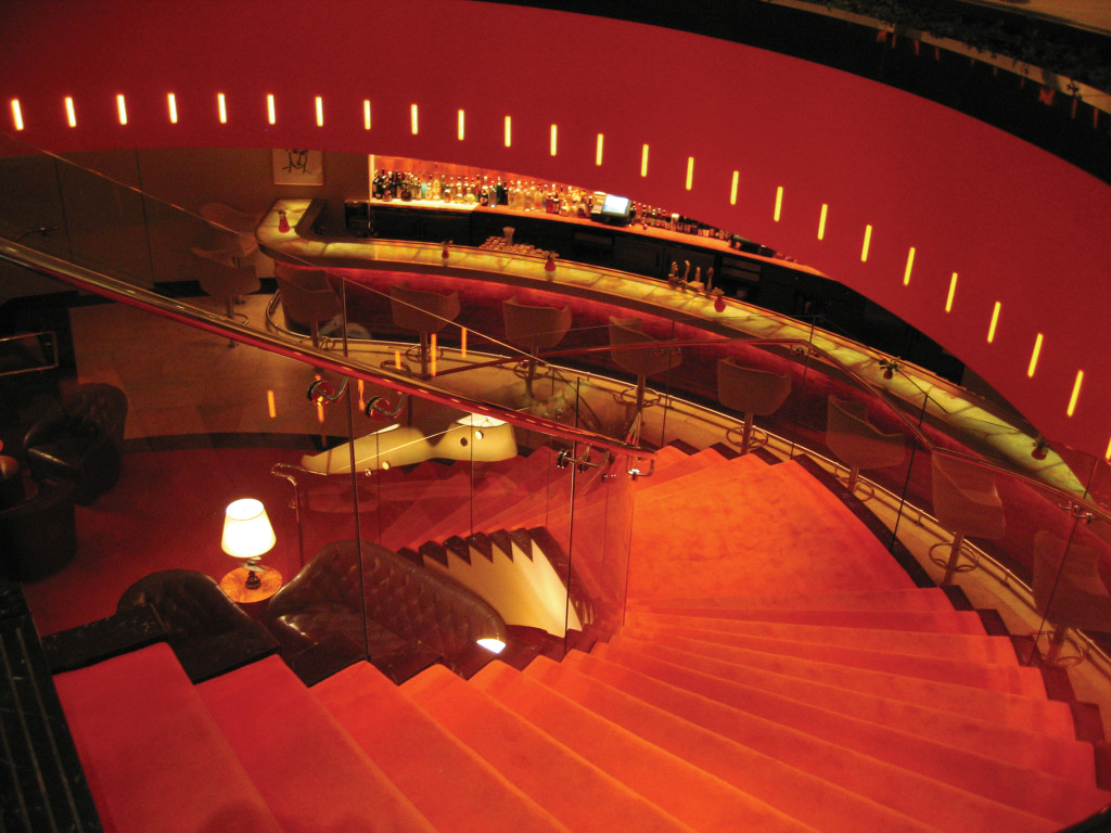 BR812_Staircase_02
