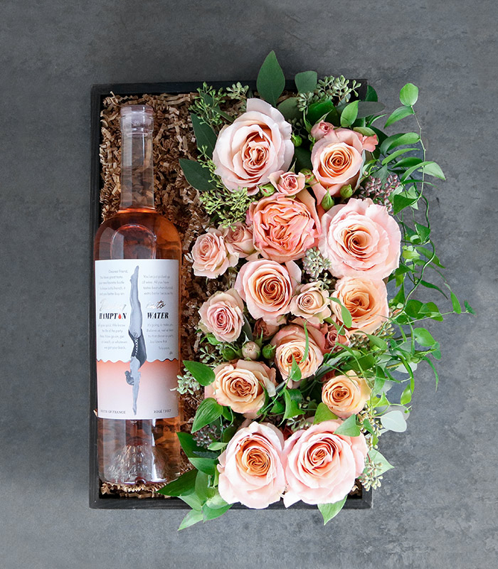 10. 'Bed of Roses' Gift Box